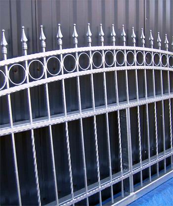 Korrosionsschutz von Metallzäune